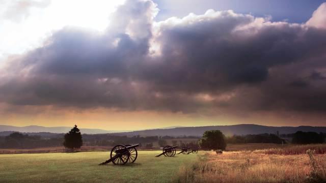 Deko Kanonen Modellkanonen im Gelände