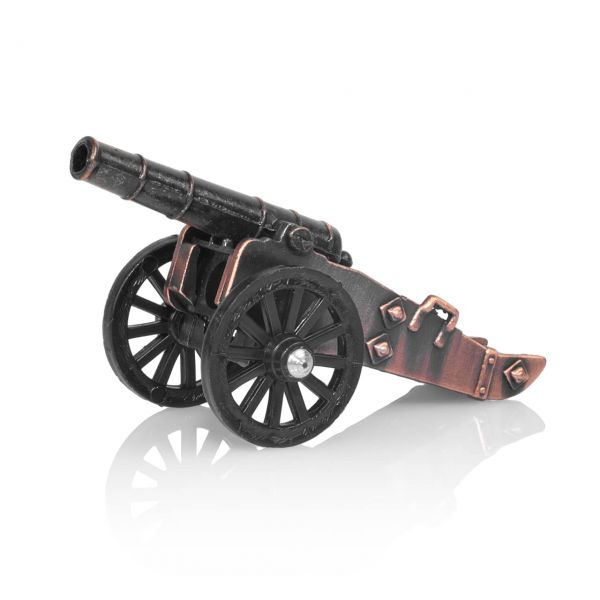 Feldgeschütz mit Bleistiftspitzer als Modellkanone